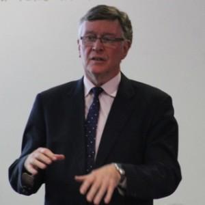 Dr Darrell Bowyer